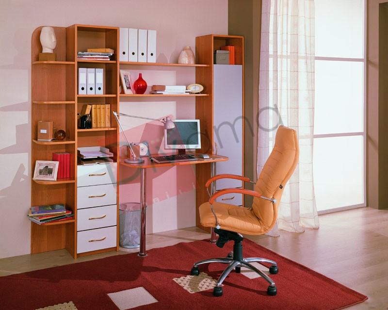 Компьютерный стол 2.